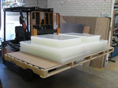 Visual Plastics is a 100% Australian owned business with over 20 years experience in the plastic industry.