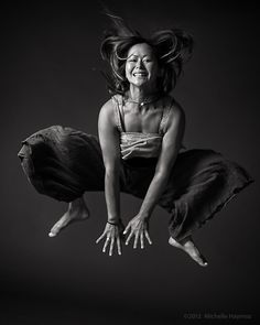 beautiful #soul, noriko — free form frog flight by swissyogini #yoga, #photography from Flickr swissyogini Dare You To Move, Shoulder Stand, Yoga Photos, Yoga Nidra, Human Soul, Yoga Photography, Beautiful Yoga, Friends Mom, Art Of Living
