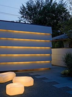 lighting behind fence - modern