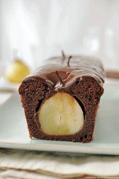 Servez et dégustez ce gâteau à température ambiante.