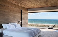 by Bates Masi Architects Sagaponack by Bates Masi Architects - Oh, my! A perfect bedroom view! by Bates Masi Architects - Oh, my! A perfect bedroom view! Interior Architecture, Interior And Exterior, Simple Interior, Suites, Design Awards, Sweet Home, Dream Bedroom, Bedroom Bed, Serene Bedroom