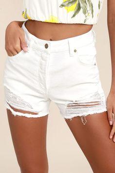 #AdoreWe #Lulus Lulus Rollas Original White High-Waisted Distressed Shorts - AdoreWe.com