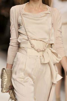 Blugirl Detail spring fashion 2010_runway fashion