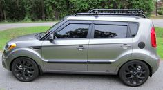 Hello, Just wondering I have the Soul + standard wheels. I believe I would like my Soul to be lowered. Kia Soul 2015, Kia Soul Accessories, Kei Car, Soul Train, Soul Sisters, Vroom Vroom, Car Stuff, Edc, Flash Drive