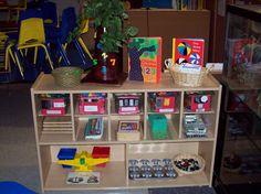 Learning and Teaching With Preschoolers: Math Rich Preschool Classroom Environment Preschool Classroom Setup, Preschool Rooms, Preschool Centers, Classroom Layout, Classroom Setting, Classroom Environment, Preschool Learning, Kindergarten Math, Preschool Activities