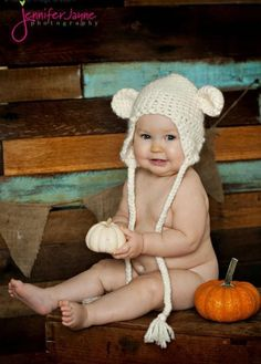 Free Easy White bear hat Pattern « The Yarn Box