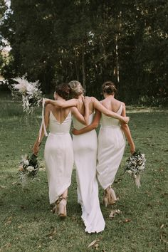 No need for blue satin sashes with these all white bridesmaid dresses! Easily one of our favorite bridal party looks, we love the clean + fresh effect it gives off. Meghan Markle, Grace Loves Lace, Wedding Photography Poses, Wedding Poses, Bridal Party Poses, Wedding Ideas, High Low Bridesmaid Dresses, Bridesmaid Color, Bridesmaid Gowns