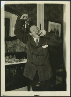 De Luca, Giuseppe. (1876-1950). Original Photograph, clowing around with pears! Superb original photograph of the supreme Italian baritone clowing around with two pears! #VerdiMuseum