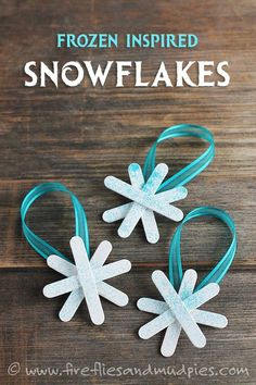 Frozen Inspired Snowflake Ornaments - Fireflies and Mud Pies Kids Christmas Ornaments, Snowflake Ornaments, Christmas Crafts For Kids, Christmas Activities, Xmas Crafts, Craft Stick Crafts, Christmas Projects, Christmas Holidays, Diy Crafts
