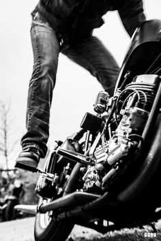 Kick. rider, bikes, speed, cafe racers, open road, motorbikes, sportster, cycles, standard, sport, standard naked, hogs, #motorcycles
