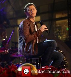 10th Annual Hollywood Christmas Celebration at The Grove  sc 1 st  Pinterest & Scotty McCreery u201cBaby lock the door and turn the lights down low ... azcodes.com