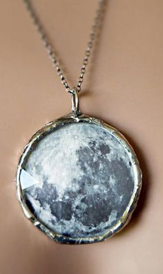 Dark side of the moon - necklace