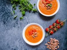 Antiinflammatorisk mad - Få 50+ sunde opskrifter på sund retter (Gratis) Gazpacho, Tortilla Chips, Thai Red Curry, Ethnic Recipes, Soups, Blog, Soup, Nachos, Chips