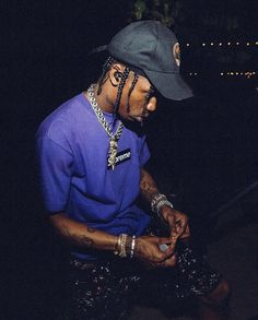 Travis Scott Performs on stage on iPhone wallpapers