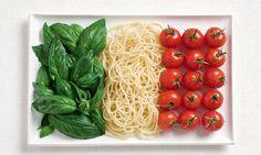 18 drapeaux nationaux très appétissants réalisés avec les spécialités culinaires de chaque pays