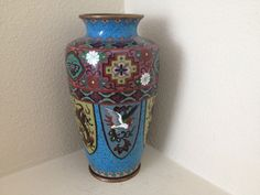 "ANTIQUE JAPANESE CLOISONNE VASE BEASTS AND DRAGONS 7"" H (155)"