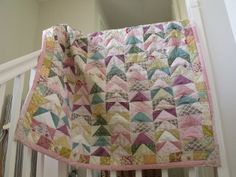 love this triangle quilt