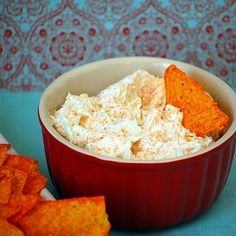 Beer Cheese Dip--cream cheese, shredded cheddar, beer, and ranch packet. This is my beer cheese dip recipe. always a hit. Think Food, I Love Food, Good Food, Yummy Food, Fun Food, Delicious Recipes, Yummy Appetizers, Appetizers For Party, Appetizer Recipes