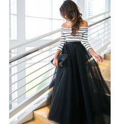 Chic in all black like a fashionista ballerina. Black top and cute peach tulle skirt. Sparkly top, tulle skirt and leopard pr. Fashion Mode, Look Fashion, Fashion Beauty, Womens Fashion, Feminine Fashion, Petite Fashion, Romantic Fashion, Dress Fashion, Fashion Skirts