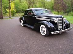 1938 Buick Special Coupe - I have always liked the style of the late '30's GM's