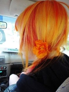 Orange and yellow hair.kind of reminds me of Kari Byrons hair. Love Hair, Gorgeous Hair, Cheveux Oranges, Ombre Hair, Color Fantasia, Yellow Hair, Orange Yellow, Orange Ombre, White Hair