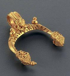 Hilal, Altın Hellenistik Dönem. MÖ 1. yy-Makedonya