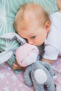 Bunny toy Personalized Bunny plushie Bunny animal softie Newborn soft toys Stuffed animal bunny Sensory baby toys Toy for newborn Minky - Spielzeug und Stofftiere Baby Toys, Baby Sensory Toys, Newborn Toys, Pet Toys, Kids Toys, Softies, Plushies, Handmade Stuffed Animals, Diy Bebe