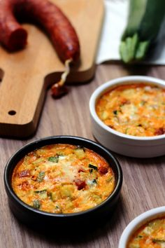 Zucchini, chorizo ​​and parmesan clafoutis - Amandine Coo .- Clafoutis à la courgette, chorizo et parmesan – Amandine Cooking Zucchini, chorizo ​​and parmesan clafoutis – Amandine Cooking - Cooking Recipes For Dinner, Vegetarian Recipes Dinner, Easy Cooking, Healthy Cooking, Cooking Zucchini, Zucchini Parmesan, Vegetarian Kids, Zucchini Lasagna, Gratin