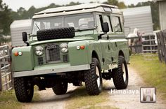 Impressive Build: V8-Swapped 1961 Land Rover Series 109 2A