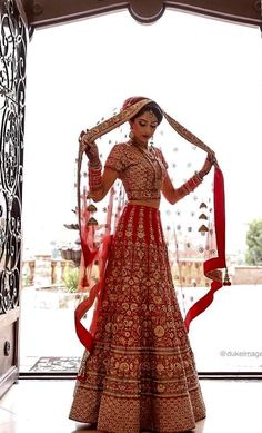 Super Ideas For Wedding Indian Outfit Lehenga Choli Colour Red Lehenga, Indian Lehenga, Lehenga Choli, Anarkali, Pakistani, Choli Dress, Indian Bridal Outfits, Indian Bridal Wear, Indian Dresses