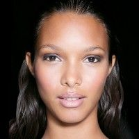 7 Ways To Get Younger-Looking Skin Without Botox