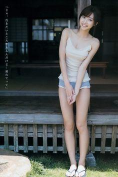 Magazine : ( [Young Jump] - 2015 / N°41 - Rena Takeda & Reiko Fujiwara Staring )