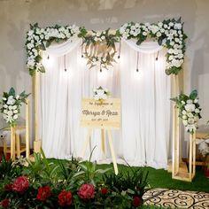 53 Likes, 2 Comments - Fleura Wedding Stage Backdrop, Wedding Backdrop Design, Diy Wedding Reception, Simple Wedding Decorations, Engagement Decorations, Diy Backdrop, Backdrop Decorations, Simple Weddings, Flower Decorations
