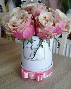 Pink Roses Luxury Roses Mini box of natural flowers Luxury flower box Secret Bloom Boxes