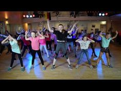 MAMA LAUDAAA - Kids Dance! | Tanz-Choreo | Volker Rosin & Specktakel - YouTube Zumba Fitness, Weight Training Workouts, Gym Workouts, Hip Workout, Skinny Girls, Fitness Transformation, Cheerleading, Sport Outfits, Fitness Motivation
