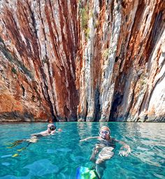 Red cliffs - Crvene stijene (Hvar, Croatia) by Damir B., via Flickr