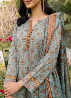 Full Sleeves Design, Sleeves Designs For Dresses, Dress Neck Designs, Simple Pakistani Dresses, Pakistani Fashion Casual, Pakistani Dress Design, Fancy Dress Design, Stylish Dress Designs, Frock Design