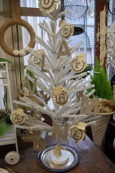 Maison Douce: Monticello Christmas Show