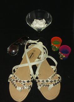 Beige bandjes schoenen