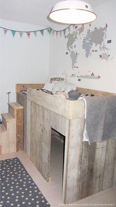 1000 images about bedden on pinterest bureaus met and loft beds - Loft bed met opbergruimte ...
