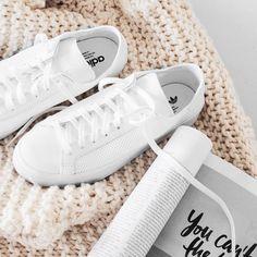 Adidas Originals Courtvantage sneakers. Instagram photo by @theiconicau