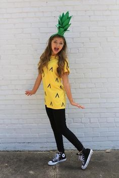 diy halloween costumes This post contains the best modest Halloween costumes for women. The costume ideas include DIY, Disney, dresses, and fun and creative ones too. One of the costumes is a pineapple costume. Modest Halloween Costumes, Easy Diy Costumes, Hallowen Costume, Halloween Halloween, Teacher Halloween Costumes, Tween Halloween Costumes For Girls Diy, Family Halloween, Pinapple Halloween Costume, Food Costumes For Kids
