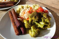 Veganská strava a veganské recepty, vegetariánské recepty, zdravá strava, domácí pečivo, chléb. Broccoli, Beef, Vegetables, Food, Meat, Essen, Vegetable Recipes, Meals, Yemek