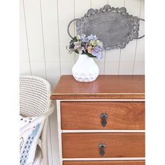 #silkyoak #drawers in #ascp Old Ochre {$325} local pick up #Brisbane #qld #queensland #vintage #vintagefurniture #rusticfurniture #restoredfurniture  #paintedfurniture #womenwhodiy #anniesloanchalkpaint #tigeroak