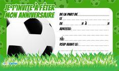 Invitation anniversaire ballon football pour enfants à télécharger gratuitement au format pdf. 123cartes invitations et cartes anniversaire gratuites.