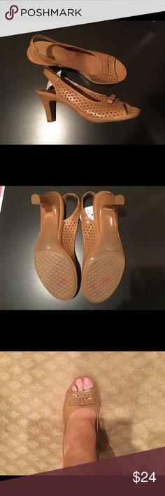 Aerosoles Nude Leather Peeptoe Slingback Brand new Aerosoles Peeptoe Slingback..  Suede footbed, very comfortable.  Approx 3 in heel AEROSOLES Shoes Heels