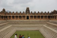 Bhoganandishwara temple, Located near nandi Foot Hills ... Kalyani