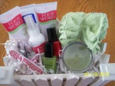 avon gift basket Avon Gift Baskets, Raffle Baskets, Avon Ideas, Vendor Events, Craft Gifts, Fundraising, Bath And Body, Xmas Ideas, Gift Ideas
