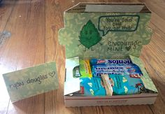 """""""Encourage Mint"""" small Care Package for military or college - mini care package - small flat rate box - food pun - filled with Mentos, gum and @clifbarcompany! Made by @krity_cent"""