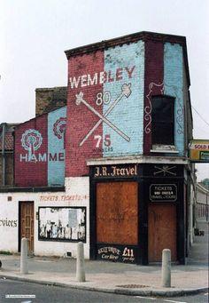 West Ham mural.